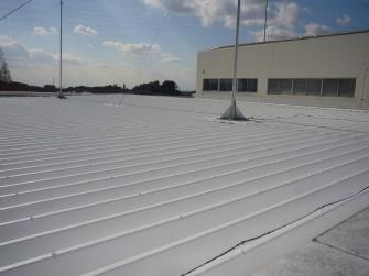 遮熱塗料ミラクール施工実績2009 静岡県 (株)資生堂 掛川工場屋根(鋼板)918㎡ S100クールホワイト施工