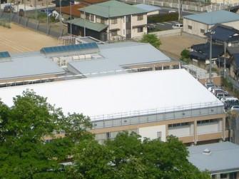 遮熱塗料ミラクール施工実績2009 岡山県 美咲町立旭中学校体育館屋根(鋼板)S100クールホワイト施工