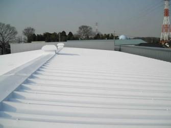 遮熱塗料ミラクール施工実績2010 埼玉県倉庫屋根(鋼板) S300クールホワイト施工