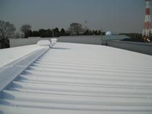 ミラクールs100施工写真3 工場屋根